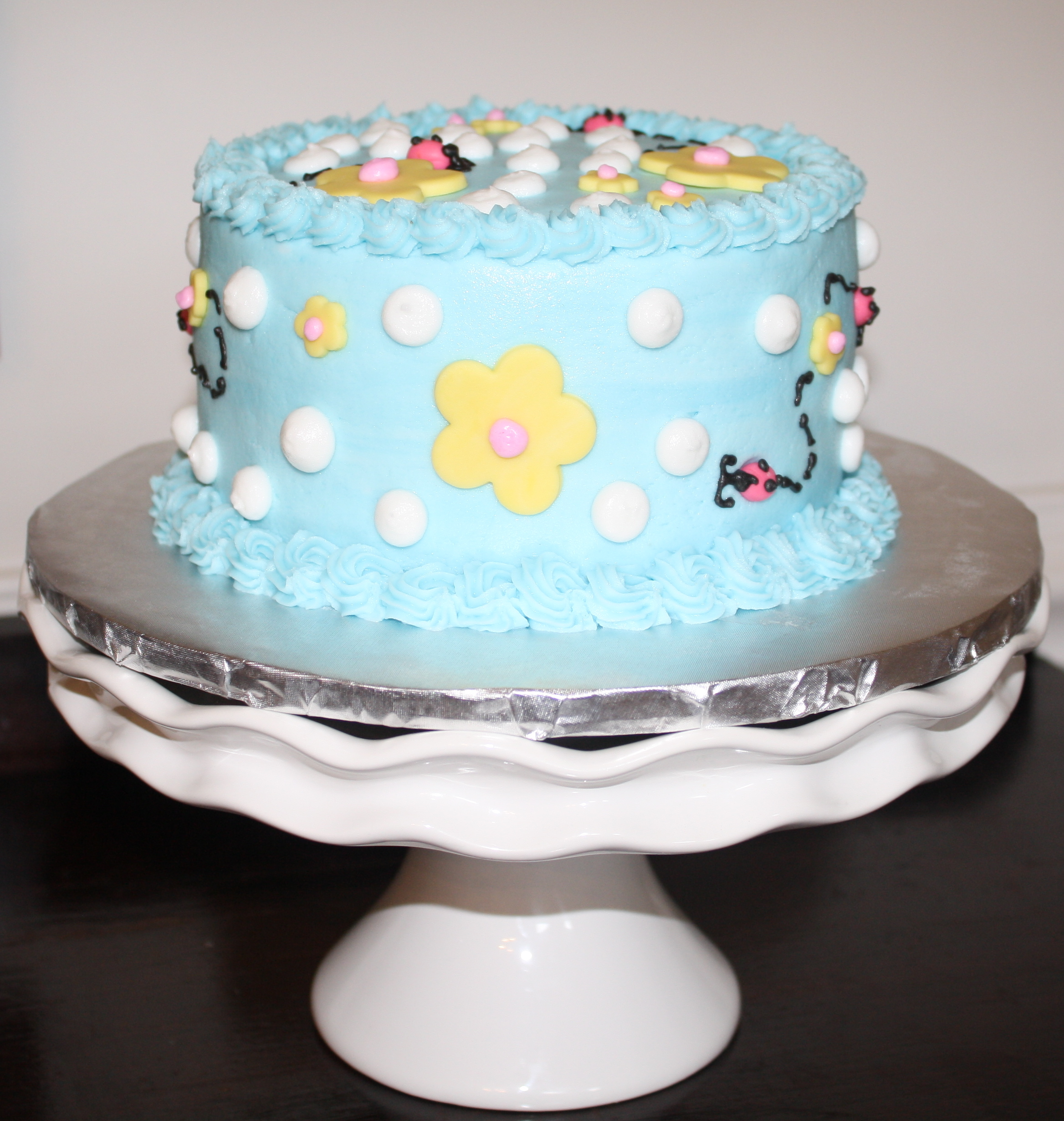 This Sweet Little Smash Cake Is For A First Birthday Partyyou May Have Seen The Photo Shoot I Did Last Week Pink Polka Dots